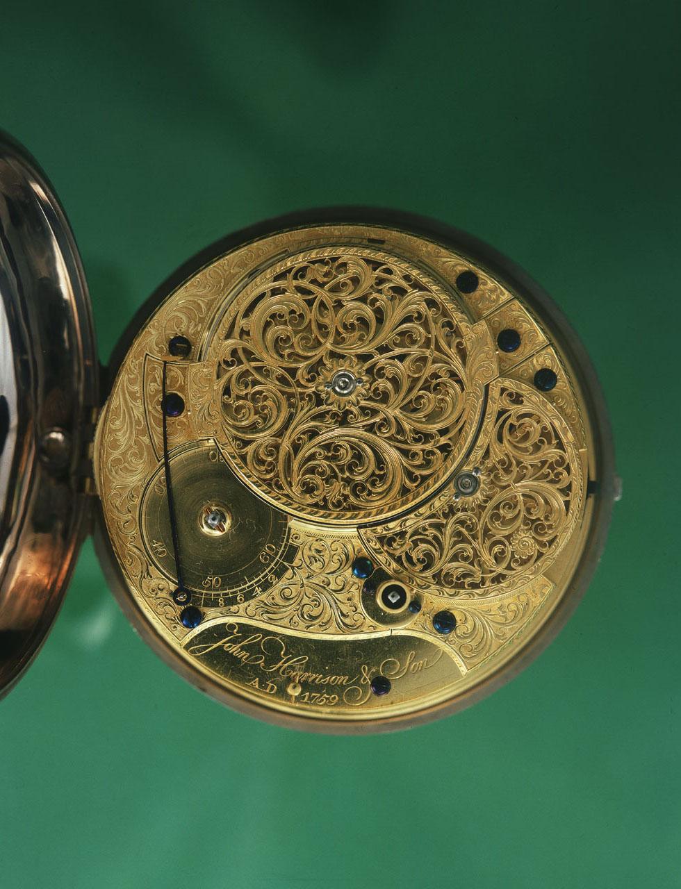 An image showing 'Marine timekeeper (H3), open upper plate'